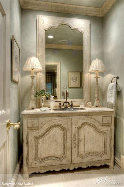 lade per il bagno allo specchio lo specchio bagno in stile shabby chic arredamento
