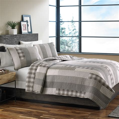 eddie bauer bedding eddie bauer fairview quilt set from beddingstyle com