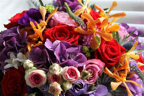 wedding bouquet india the flower magician indian summer wedding bouquet to tone