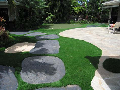 zzsynthetic turf international backyard putting green