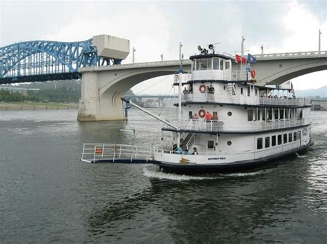 tennessee river boat tours the ship front view picture of southern belle riverboat