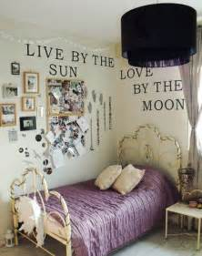 Wall Decorations For Bedrooms Bedroom Wall Decoration Ideas Decoholic