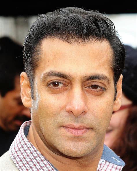 biography in hindi of salman khan salman khan bollywood actor indian cinema celeberties