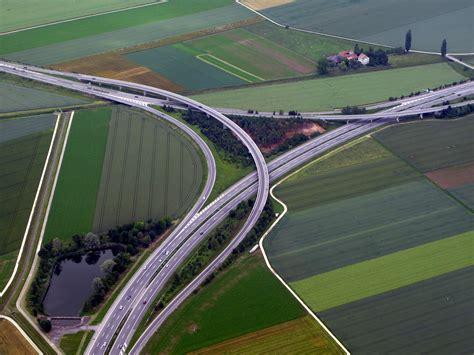 file interchange colour img 0526 jpg wikimedia commons