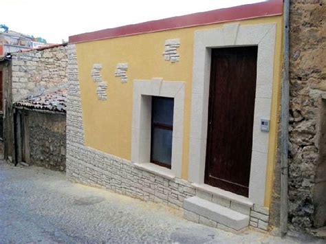 rivestimenti murali interni finta pietra claudio caruso decorazioni rivestimenti per esterni in