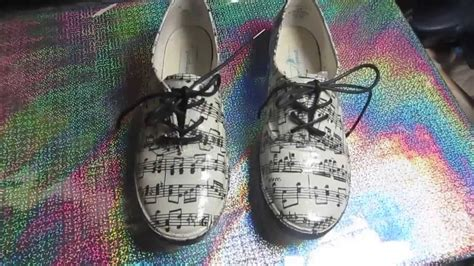 Decoupage Canvas Shoes - how to decoupage sneakers notes