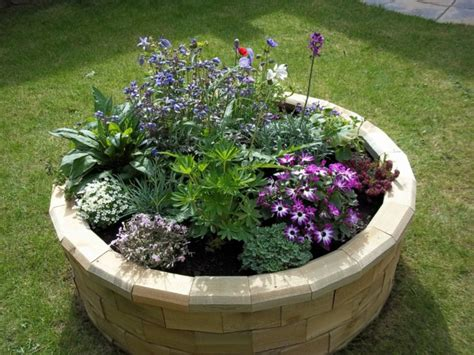 Raised Bed In The Garden A Beautiful Idea How You The Raised Bed Flower Garden