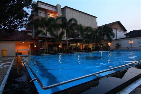 alibaba hotel pangkalan bun hotel avilla pangkalan bun indonesia review hotel