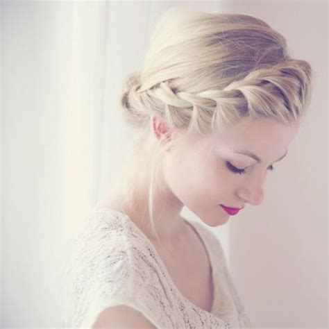 hairstyles with crowns 12 pretty braided crown hairstyle tutorials and ideas
