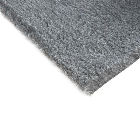 tapis absorbant pour chien tapis absorbant quot toujours sec quot pour animaux de compagnie couleur gris tiendanimal