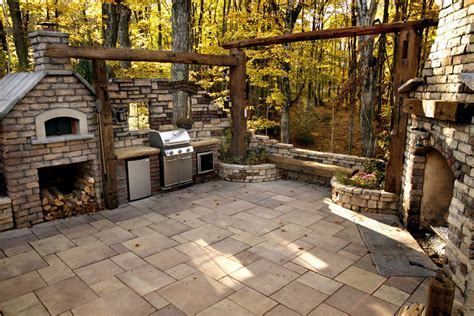 Outdoor Living   Benson Stone Co.   Rockford, IL