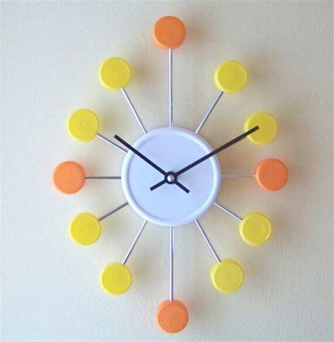cara membuat jam dinding unik buatan sendiri 100 kerajinan tangan dari barang bekas ini bisa kamu jual
