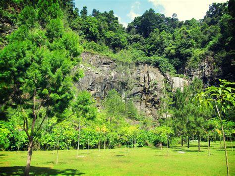 Quarry Botanical Garden Penang Isle The Quarry Recreational Park Perspective Of Penang