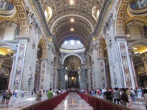 san pietro roma interno file basilica san pietro din roma17 jpg wikimedia commons