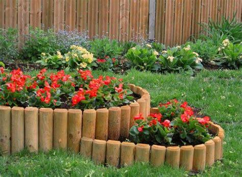 Wooden Garden Edging Ideas Top 13 Ways To Use Wooden Edgings In The Garden Garden Pics And Tips