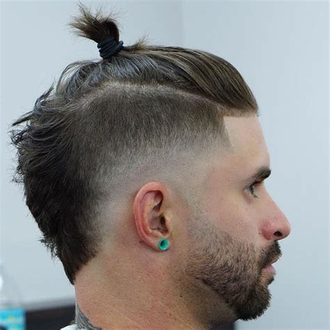 fadeout top knot the temp fade haircut top 21 temple fade styles 2017
