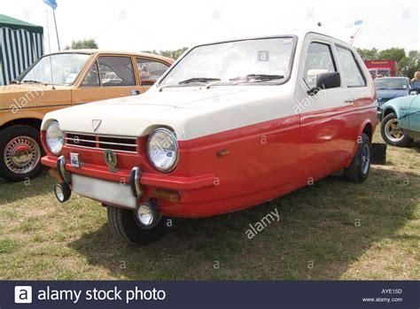 reliant robin reliant robin three wheeler car 3 boy rodney