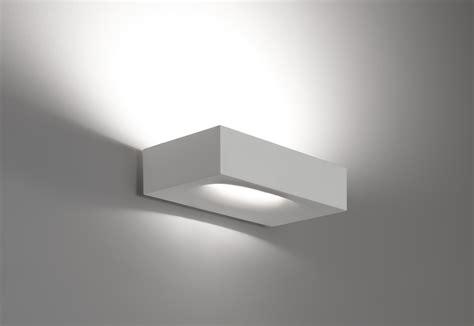 illuminazione artemide melete di artemide lade a parete illuminazione