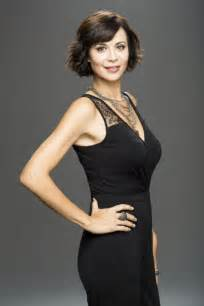 catherine bell haircut for the witch catherine bell the good witch tv series promoshoot