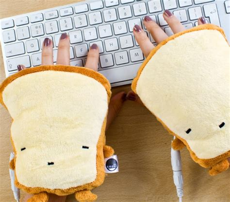 Usb Warmer Cushion Keeps Tush Toasty by Usb Toast Warmers Will Keep Your Toasty And
