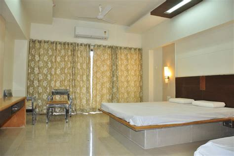 type of cottage no of beds nyochhawar no of rooms