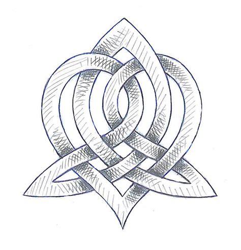 sister symbol tattoos celtic symbol idea for me and bec let s do it