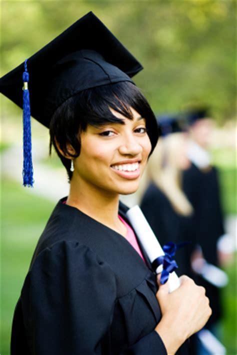 graduation short hairstyles with cap graduation hairstyles