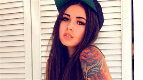 Download Tattoo Girl Wallpaper For Chrome