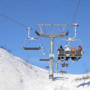 Ski experts riding in car riskier than ski lift