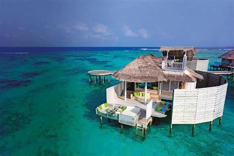 floatels  floating luxury hotel concept  sybarite
