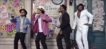 Uptown funky town grcom info
