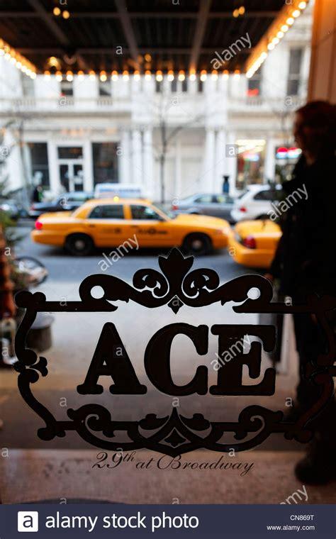 Lu Taman Ace Hardware ace immagini ace fotos stock alamy