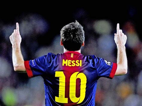 biography messi footballer lionel messi biography with full name and wallpapers