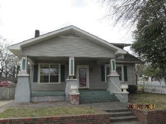 707 n raleigh ave sheffield al 35660 detailed property
