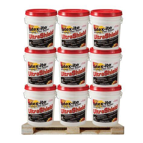 ite 4 75 gal ultra shield driveway filler sealer