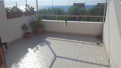 vendita terrazzo appartamento 3 vani con terrazzo re casa