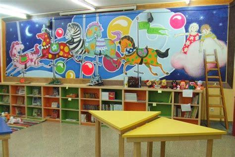 imagenes para bibliotecas escolares voluntarios renuevan una biblioteca en un colegio de las