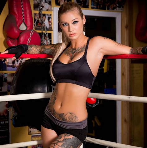 kleio valentin ronda rousey in really wants