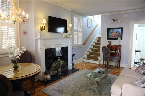 fireplace in dining room instead of living room the cottage vacation rental apartments jasminequarters