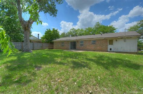 wilshire drive euless tx home  sale