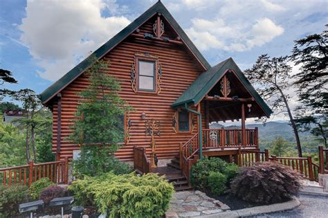 4 bedroom cabins in pigeon forge 4 bedroom cabins in gatlinburg pigeon forge tn