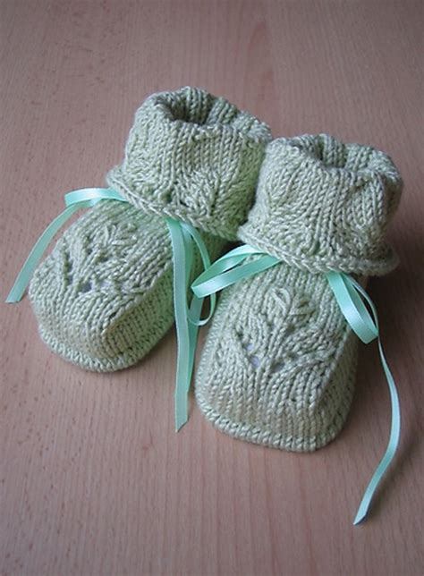knitting booties for babies patterns free easy baby booties knitting pattern memes