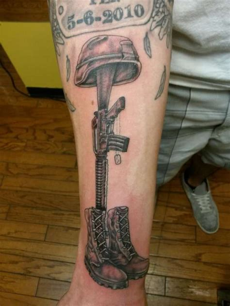 soldier cross tattoo soldiers cross