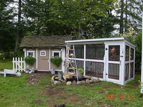 Backyard Chicken Blogs by Shabby Chic Tiny Retreat Chicken Coop