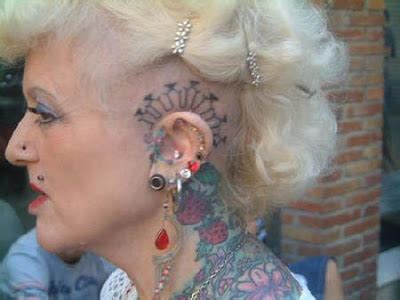 most tattooed woman wow cool pics world s most tattooed