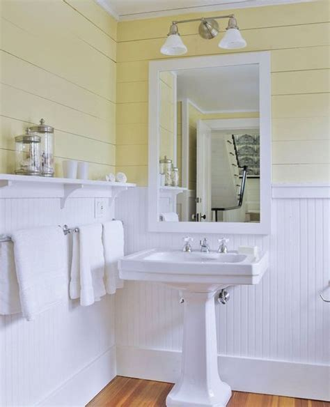 bathroom pedestal sink ideas 25 best ideas about pedestal sink bathroom on pinterest