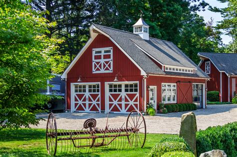 Garages That Look Like Barns by Barn Garage Inspiration The Barn Yard Amp Great Country Garages