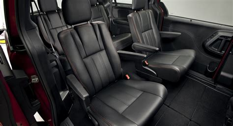 Dodge Grand Caravan Interior by 2017 Dodge Caravan Seating Pictures To Pin On