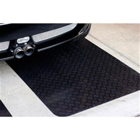 Rubber Mat Garage Floor Covering by Coverguard Garage Floor Xl 3 X 15 Rubber Mat New