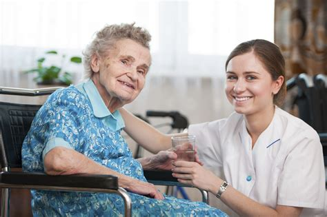 what to expect when a loved one enters a nursing home